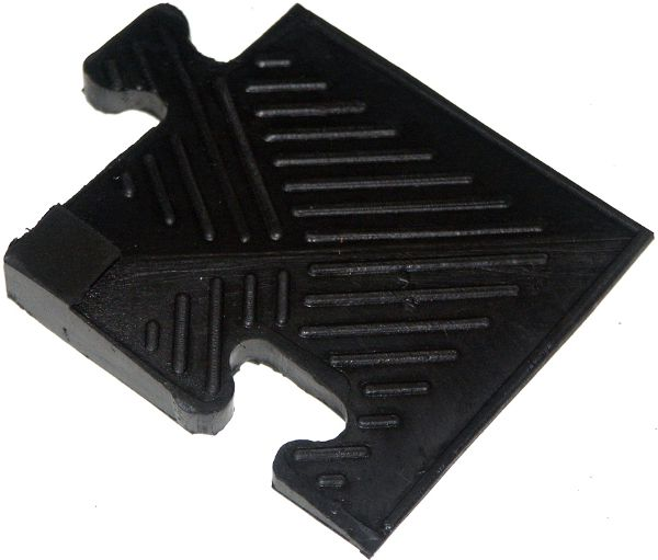Аксессуары для тренажёров MB Barbell Уголок резиновый для бордюра чёрный, 20 мм