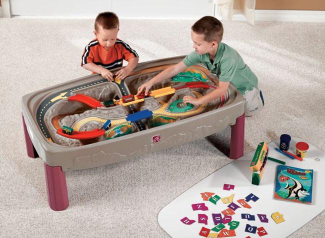 Прочее оборудование для детских площадок и игровых центров Step 2 754700 Стол игровой